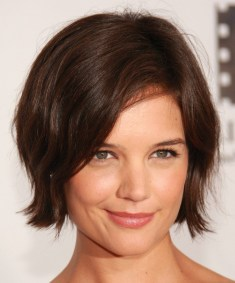 Short Haircuts For Round Face Shape 14
