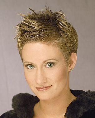 Spiky Haircuts For Women 30