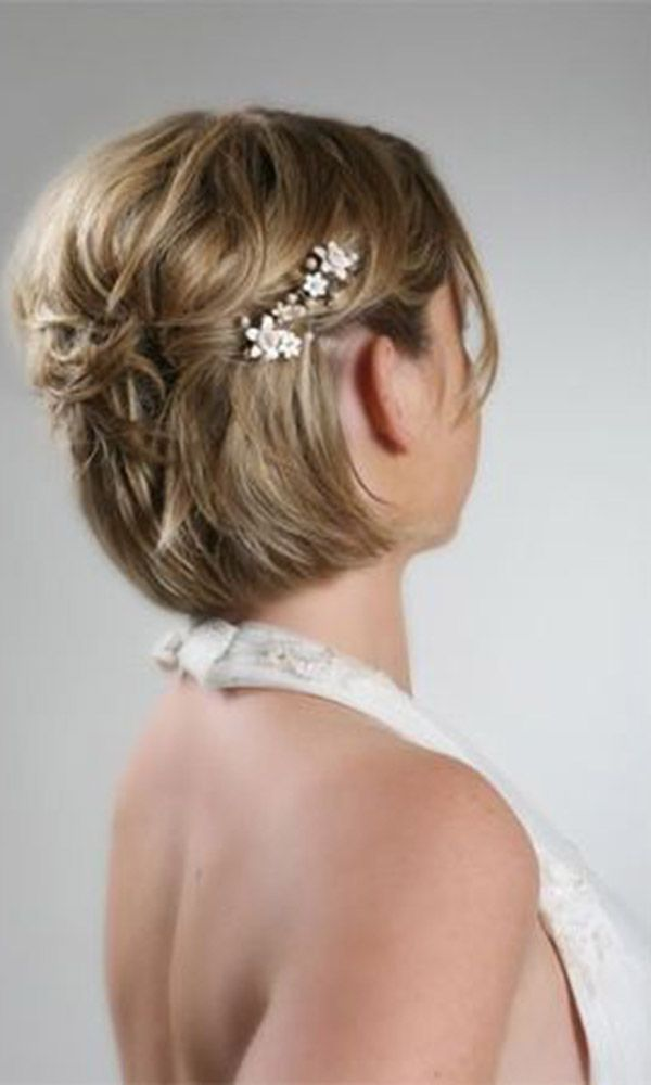 Wedding Hairstyles For Short Hair 37