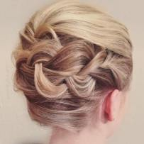 Wedding Hairstyles For Short Hair 44
