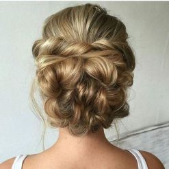 Wedding Updo Hairstyles 33