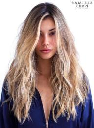 19 Long Messy Wavy Hairstyle