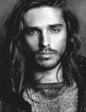 Hairstyles For Long Hair Men 18