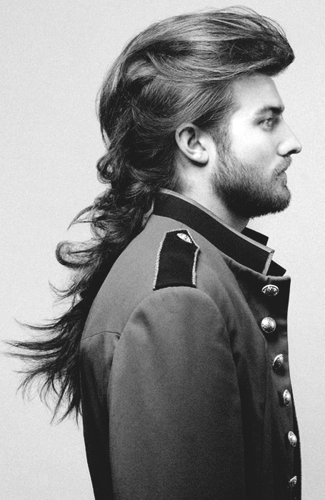 Hairstyles For Long Hair Men 35