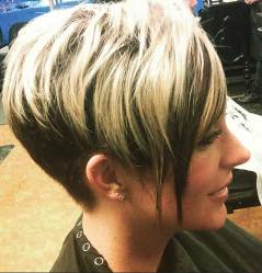 Cool Short Hair Women Side