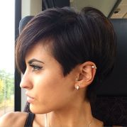 Short Haircut Women 4