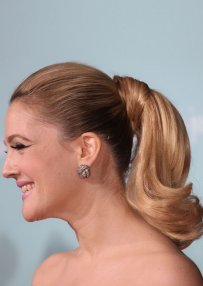 Short Ponytail With Curly End And Hair Wrap