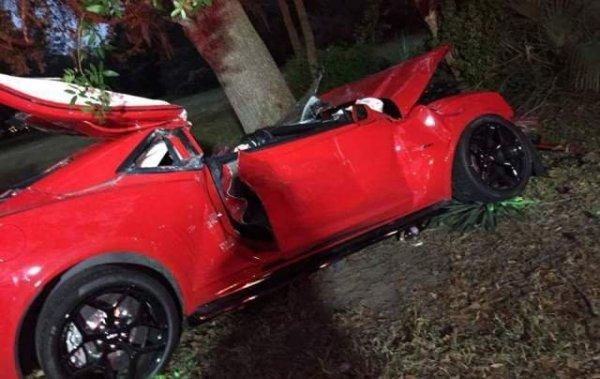 Chevrolet Camaro Z 28 destroyed