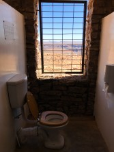 Les toilettes les plus cools au monde au bord du fish river canyon