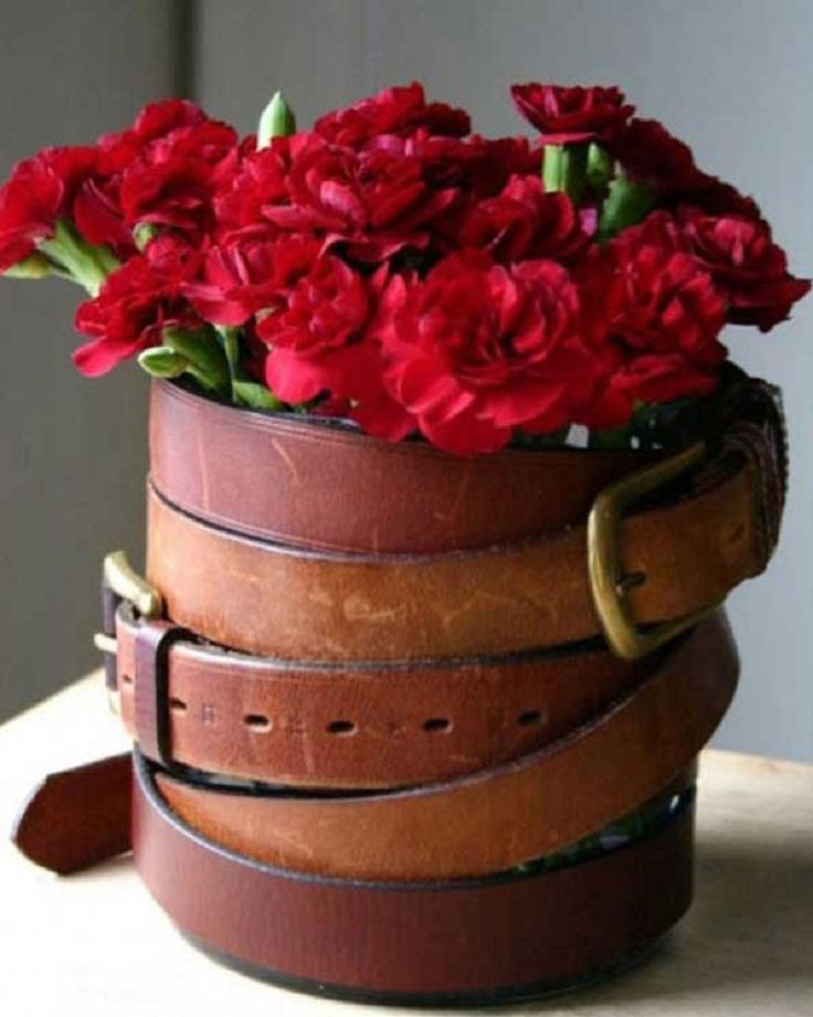 Belt-vase