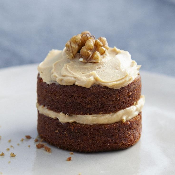mini-coffee-and-walnut-cakes