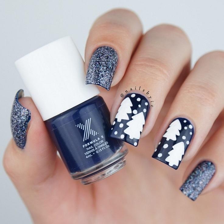 Glittery Winter Nail Art
