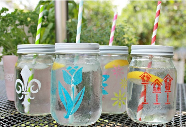 Top 10 Creative DIY Mason Jars Crafts for this Spring
