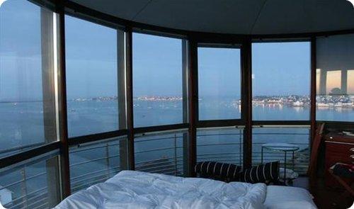 phare3 Top 25 des hôtels les plus insolites du monde