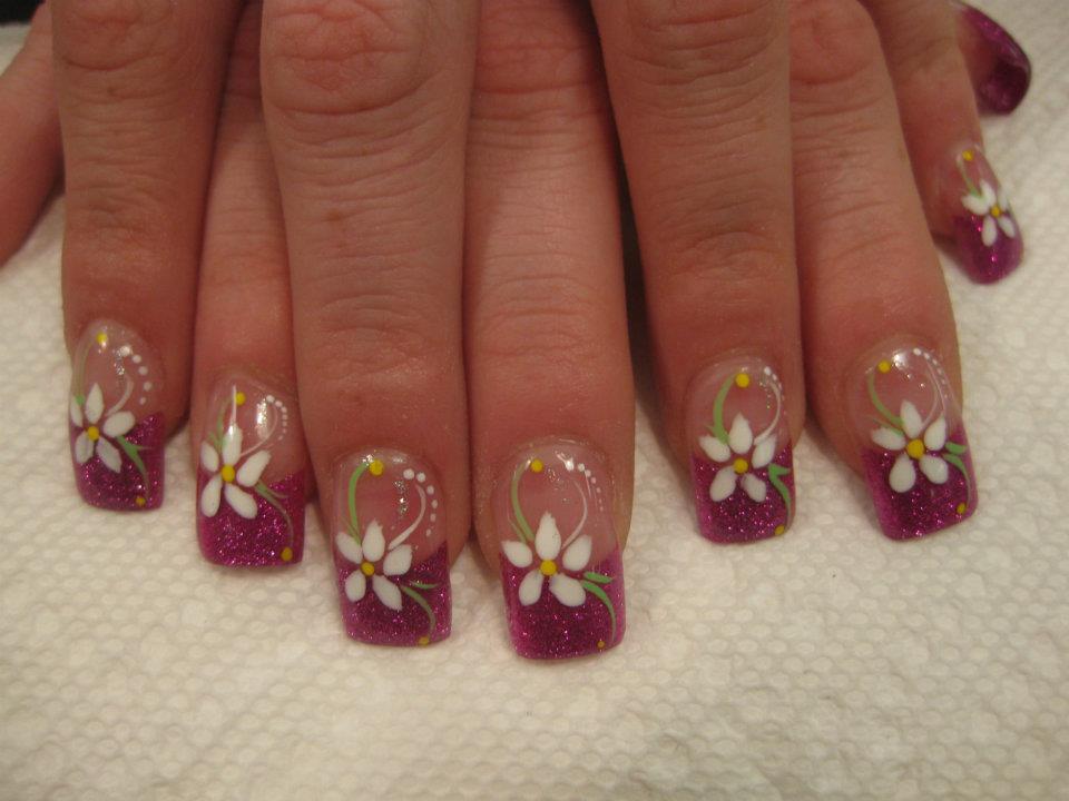 Springtime Daisy Nail Art Designs By Top Nails Clarksville Tn
