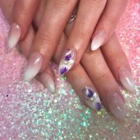 Ombre pink & white with big flower nail art