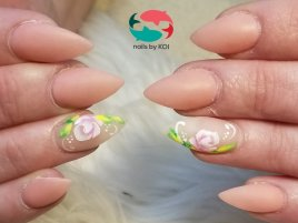 Dip powder nail, gel matte top coat with pretty rose nail art