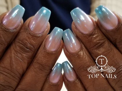 SNS dip powder ombre nails with chrome mirror effect