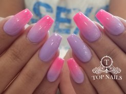 """I'm a Barbie girl"". SNS dip powder ombre nails"
