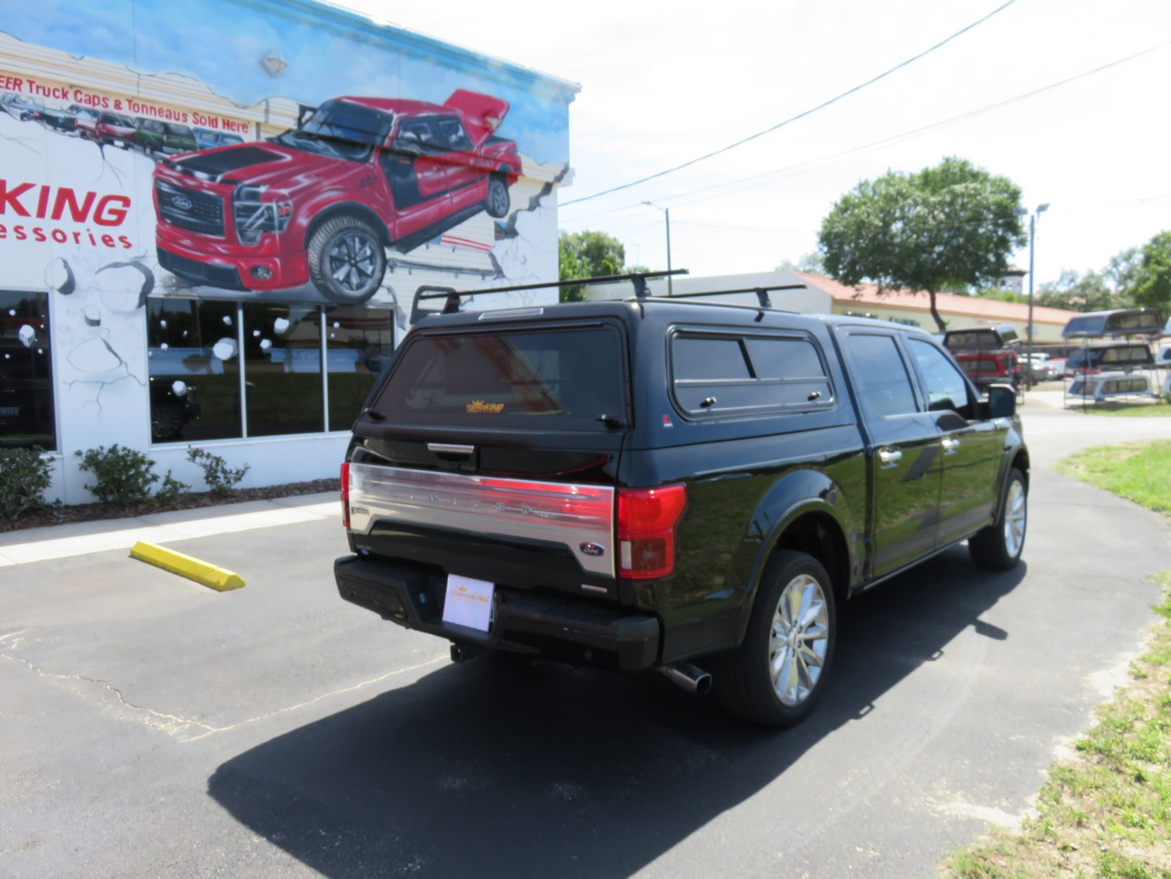 ford f150 leer 100r with roof racks