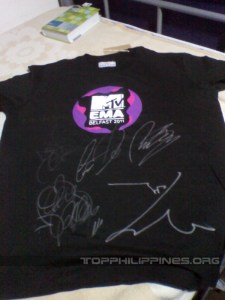 MTV EMA shirt autographed by Big Bang
