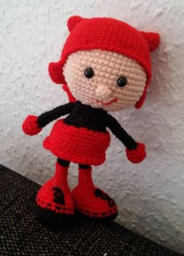 Birgit Nielsen - Hæklet dukke i halloween kostume - Little Owls Hut