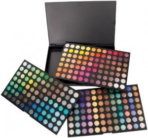 #4. Coastal Scents Ultimate Eye Shadow Palette