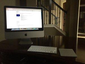 Apple iMAC All In One A1224 20 Desktop (Intel Core 2 Duo 2.66Ghz, 320GB Hard Drive, 4096Mb RAM, DVDRW Drive, OS X 10.5.2)