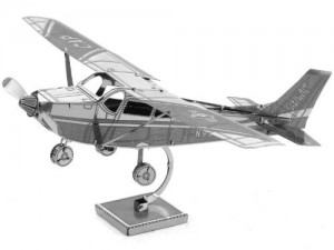 Metal Earth 3D Metal Model - Cessna 172(Skyhawk)