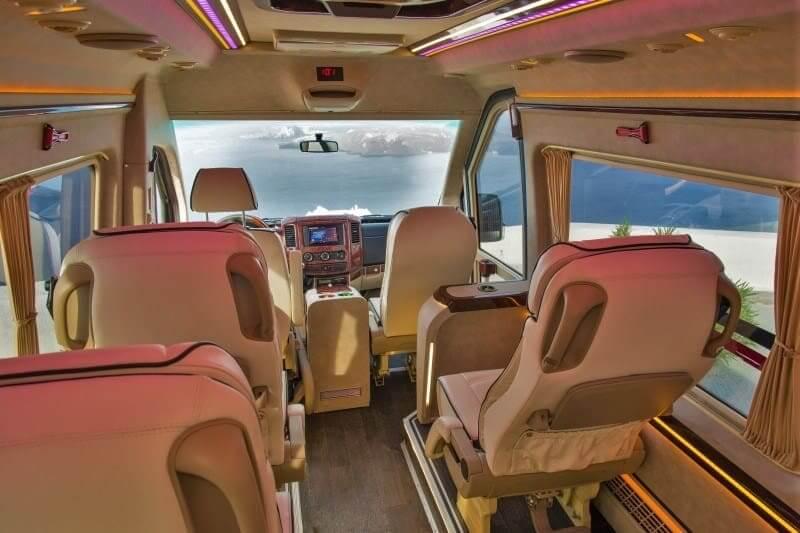 Santorini Private Transfer