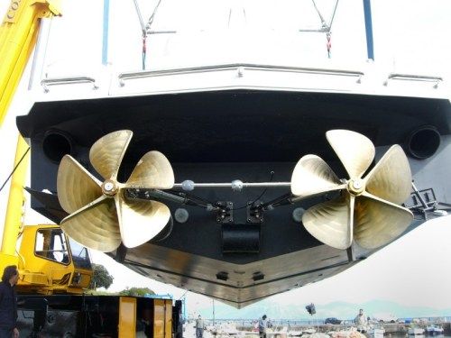 Top System Surface Drives TS75S installation on boat InCRedible 55'