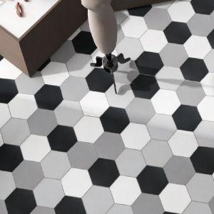 vloertegels-wit-zwart-hexagoon-zeshoek-grijs-wit-zwart