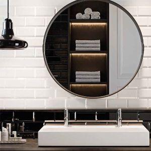 Badkamer in zwart wit met biselado tegels