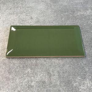 Flessen groene biselado tegels in formaat 7,5x15cm
