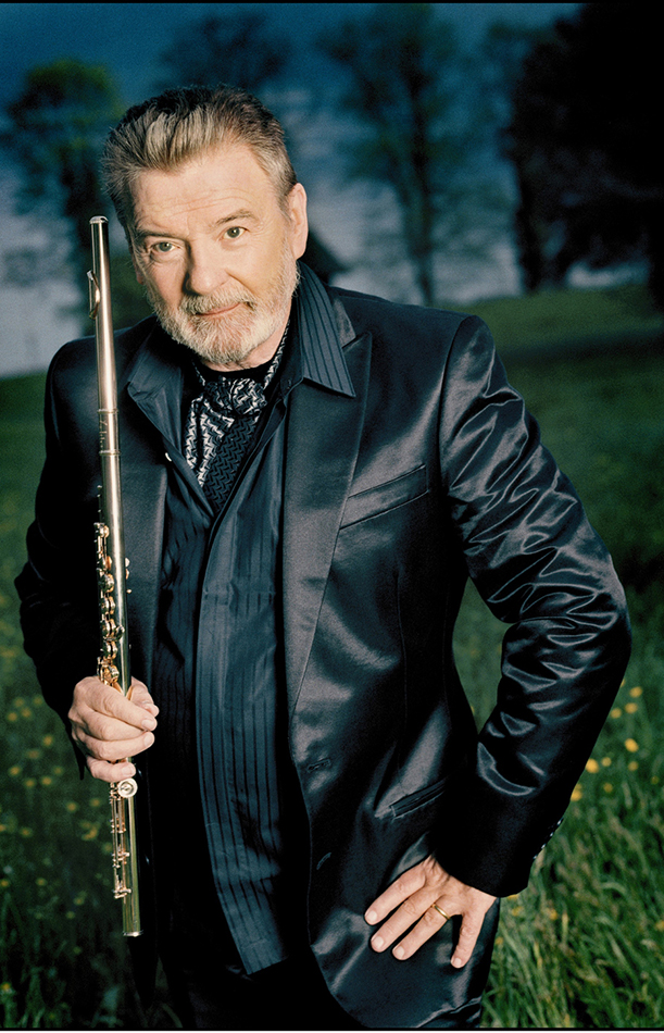 Top 10 Greatest Flutists in the World