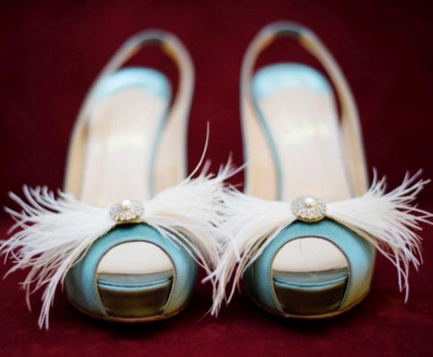 2-feather_fabulous_wedding_bridal_shoes