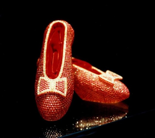 "House of Harry Winston's ""Ruby Slippers shared by medianet.info"