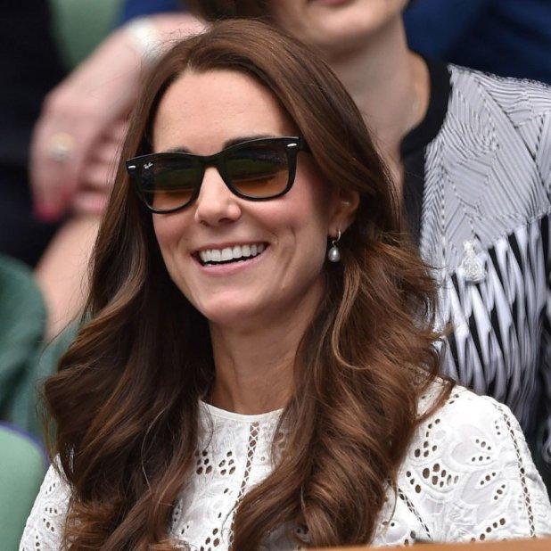 Kate-Middleton-Sunglasses