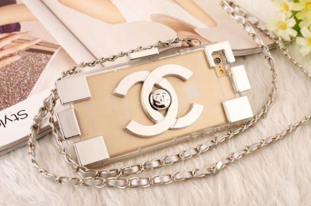 iPhone clutch (1)