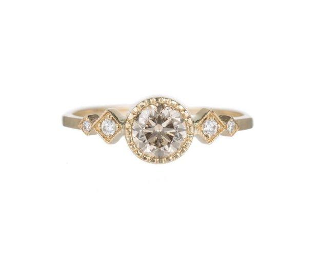 jennie-kwon-champagne-diamond-solitaire-echo-ring1