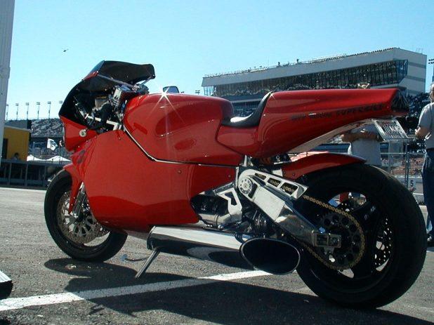 mtt-turbine-superbike-y2k-wallpaper-1024x768