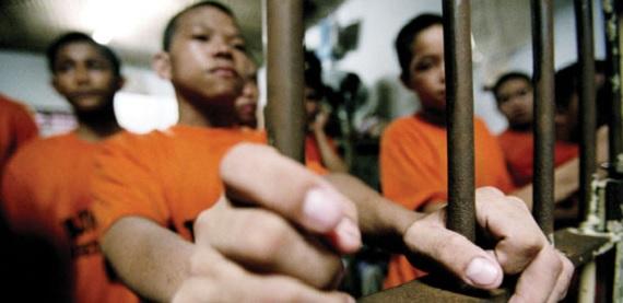 Children-in-adult-prison