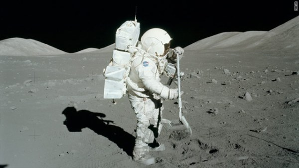 Top 10 Fascinating Facts About Our Moon - Toptenz.net