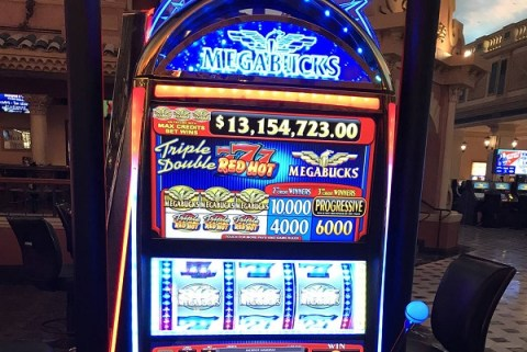 Ten Amazing Facts About Slot Machines You Might Not Know