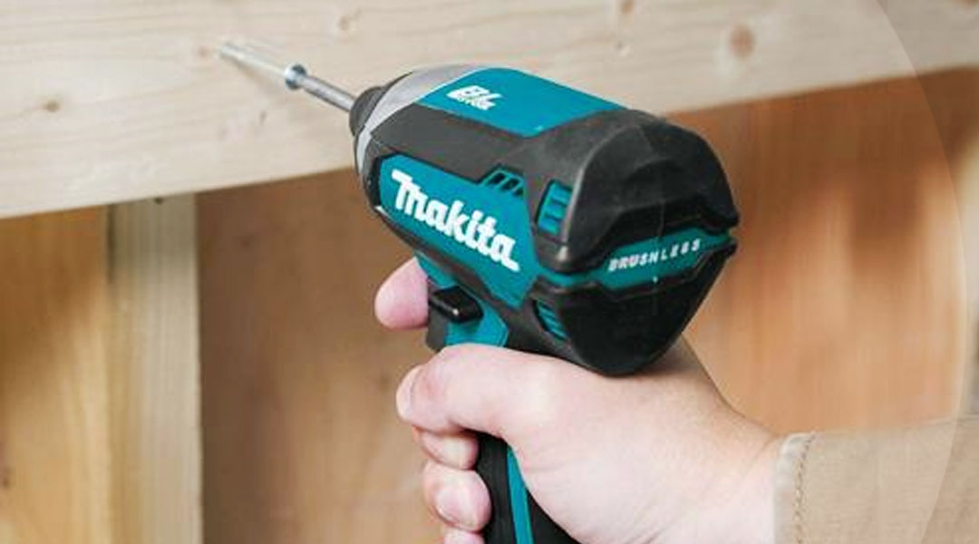 Toptopdeal-MAKITA-DTD153Z-THE-FIRST-BRUSHLESS-ONE