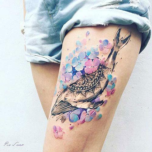 Cool Female Thigh Tattoo Designs