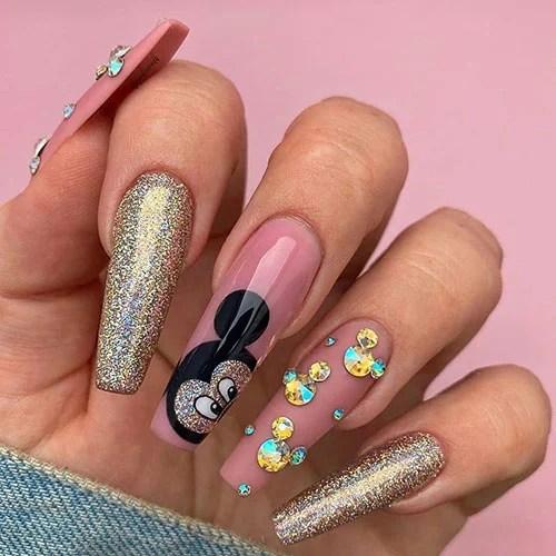 Симпатичные идеи для ногтей в форме гроба