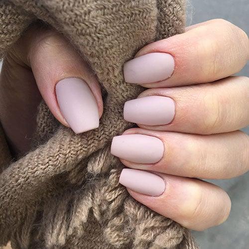 Pretty Matte Nails