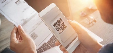 How to Transform Your Paper-Based Office into A Paperless One with QR Codes? - Internet