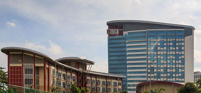 Teknologi Universitas Malaysia